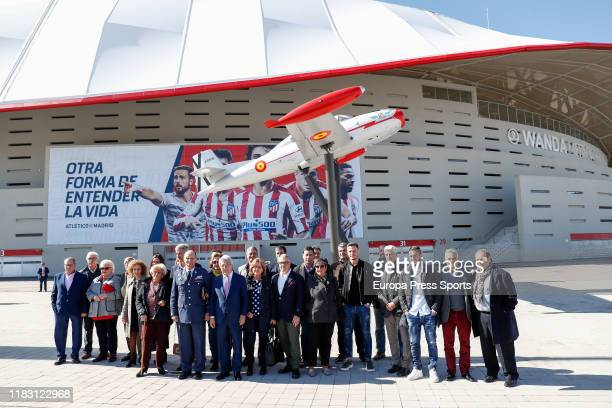 Javier Salto MartinezAval Chief of Staff of the Spanish Air Force Enrique Cerezo President of Atletico de Madrid Saul and Jorge Resurreccion Koke...