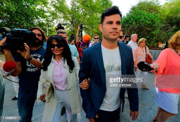 Javier Sanchez Santos , who claims to be the son of Spanish crooner Julio Iglesias, arrives with his mother Maria Edite Santos to appear to the court...