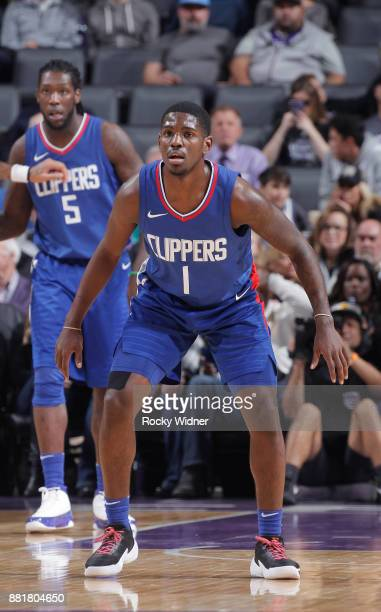 Jawun Evans of the Los Angeles Clippers defends against the Sacramento Kings on November 25 2017 at Golden 1 Center in Sacramento California NOTE TO...