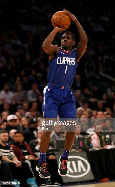 Jawun Evans of the Los Angeles Clippers takes a shot in the first half against the New York Knicks at Madison Square Garden on November 20 2017 in...