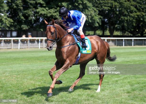Jawwaal ridden by Andrea Atzeni goes to post