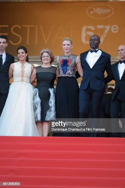 Jay Baruchel America Ferrera Bonnie Arnold Cate Blanchett Djimon Hounsou and CEO of DreamWorks Jeffrey Katzenberg attend the 'How To Train Your...
