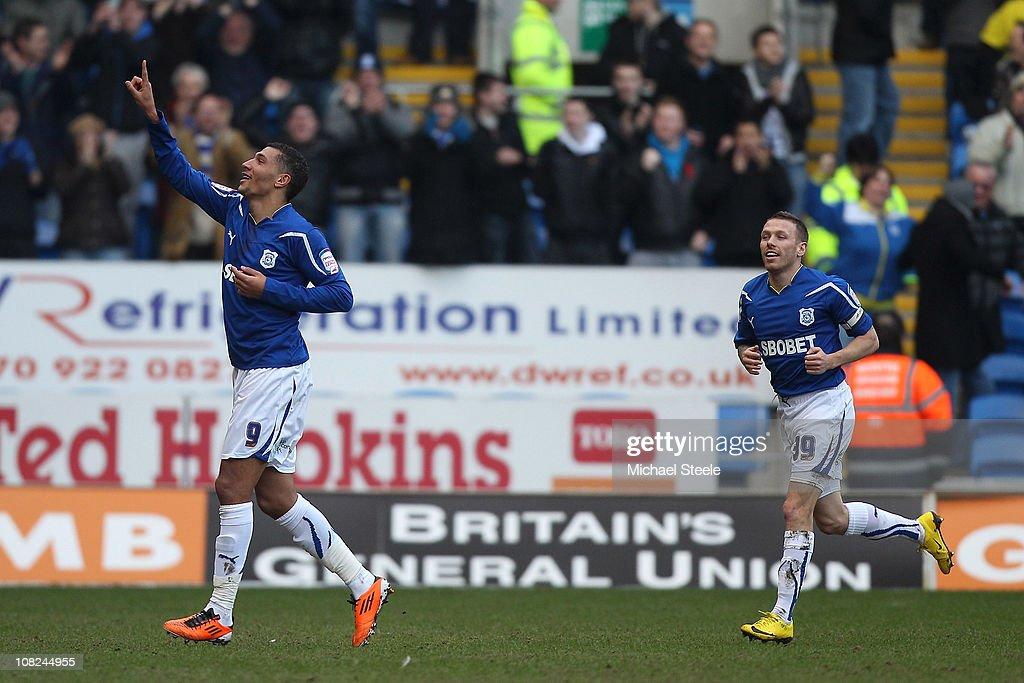 Cardiff City v Watford - npower Championship : News Photo