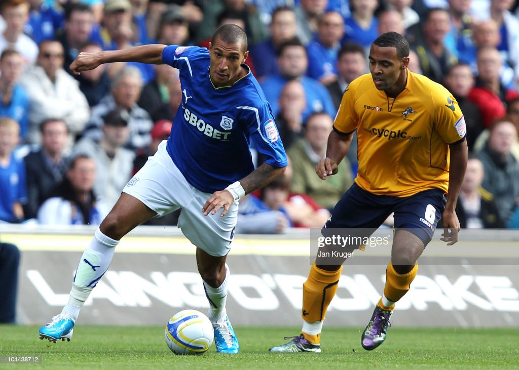 Cardiff City v Millwall - npower Championship : News Photo