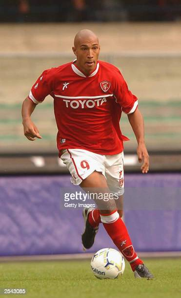 Jay Bothroyd of Perugia in action during the Serie A match between Chievo Verona and Perugia played at the Bentegodi Stadium on September 28 2003 in...