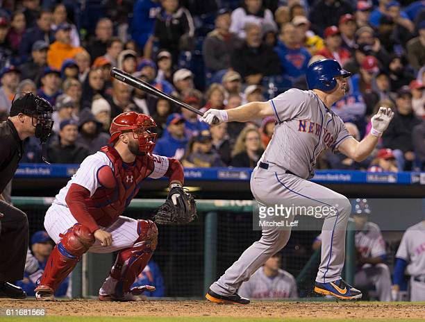 Jay Bruce of the New York Mets hits an RBI single in the top of the eighth inning against the Philadelphia Phillies at Citizens Bank Park on...