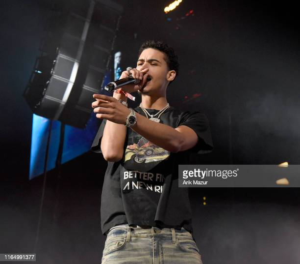 140 Jay Critch Photos And Premium High Res Pictures Getty Images