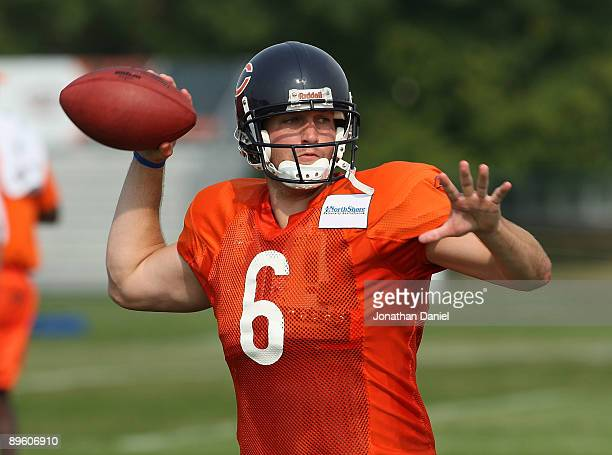 12f9aa4468be11 Jay Cutler of the Chicago Bears passes the ball during a training camp  practice at Olivet