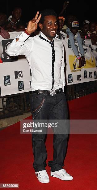 Jay Jay Okocha arrives for the MTV Africa Music Awards 2008 at the Abuja Velodrome on November 22, 2008 in Abuja, Nigeria.