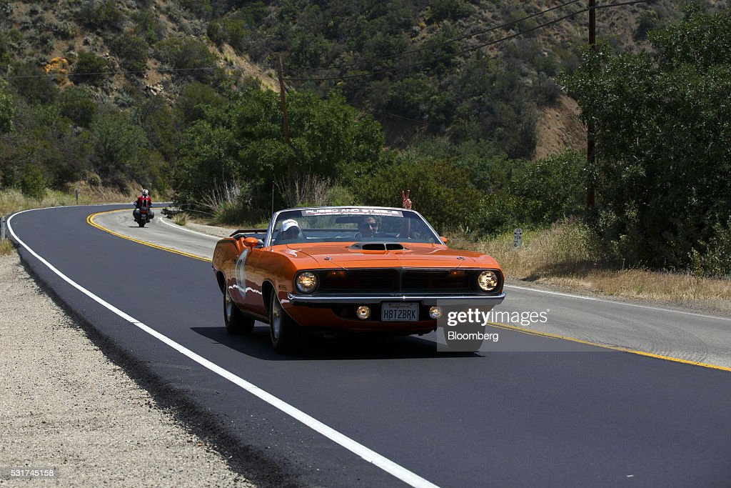 This Steve McQueen-Themed Car Rally Is a Vintage Lovers Fantasy : News Photo