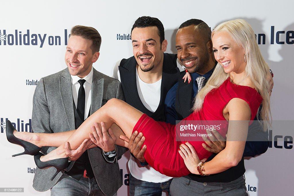 'Holiday on Ice: Passion' Berlin Premiere : Foto jornalística