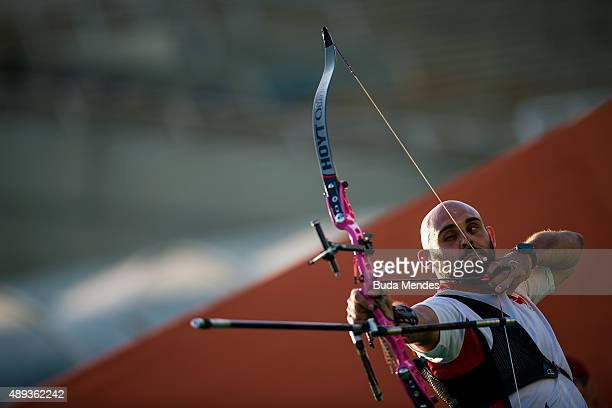 Jay Lyon of Canada prepares to shoot during the Archery test event for the Rio 2016 Olympic Games at Sapucai Sambodrome on September 20 2015 in Rio...
