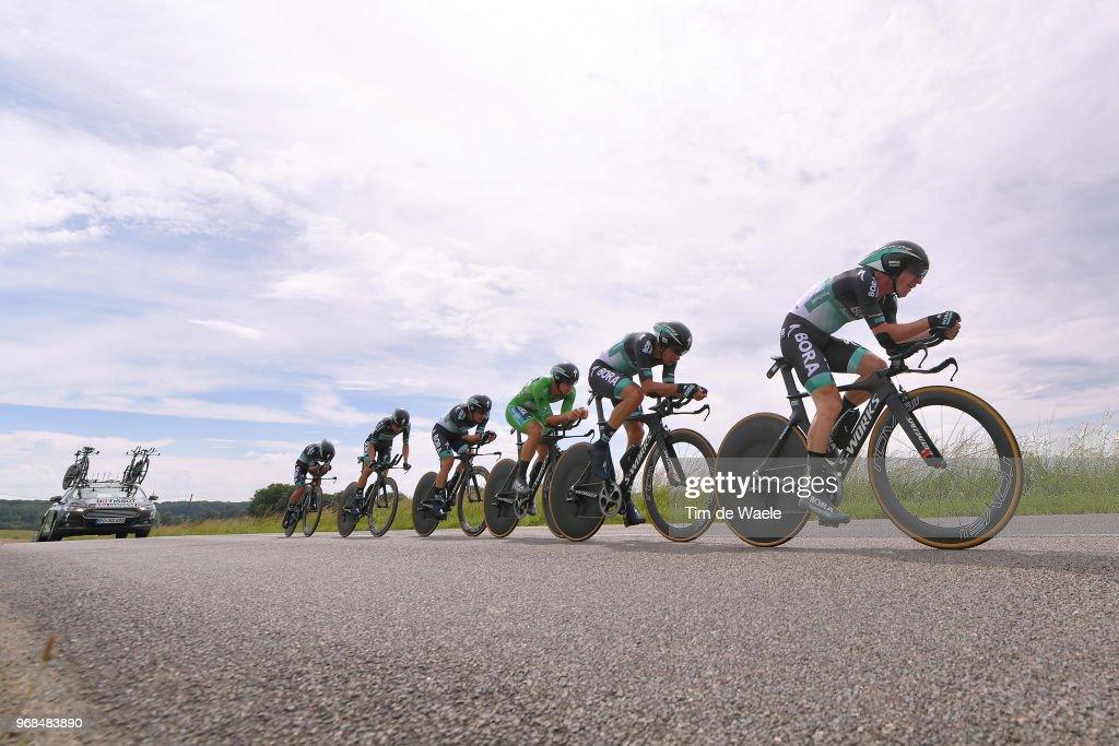 Winning Australian rider Jay McCarthy of Bora-Hansgrohe (C), second ...