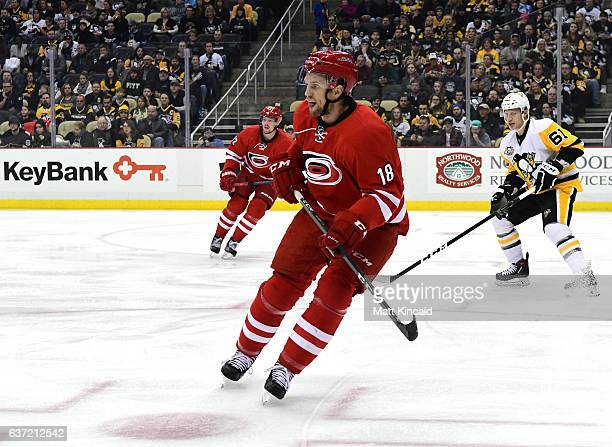 Jay McClement of the Carolina Hurricanes skates on the ice against the Pittsburgh Penguins at PPG PAINTS Arena on December 28 2016 in Pittsburgh...
