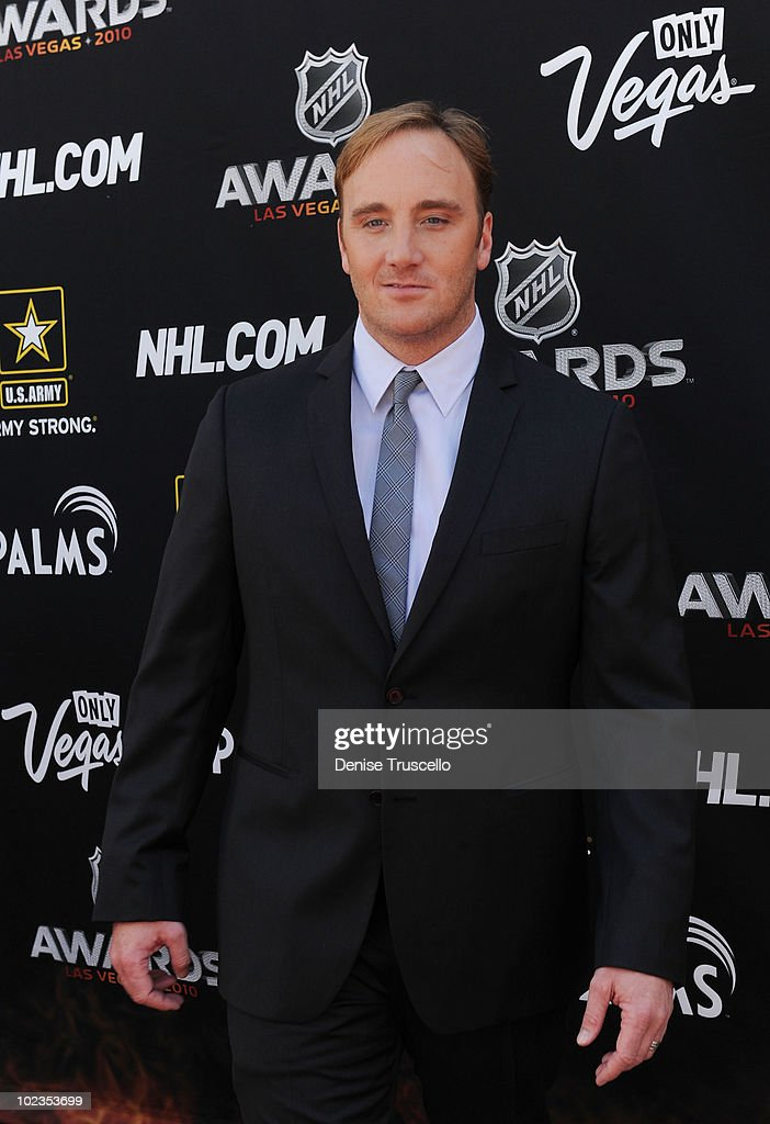 Jay Mohr arrives at the 2010 NHL Awards at The Palms Casino Resort on June 23, 2010 in Las Vegas, Nevada.