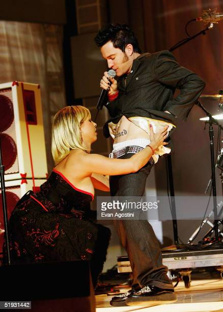 A Jay Popoff and his band Lit perform at the 2005 AVN Awards on January 8 2005 at the Venetian Hotel in Las Vegas Nevada