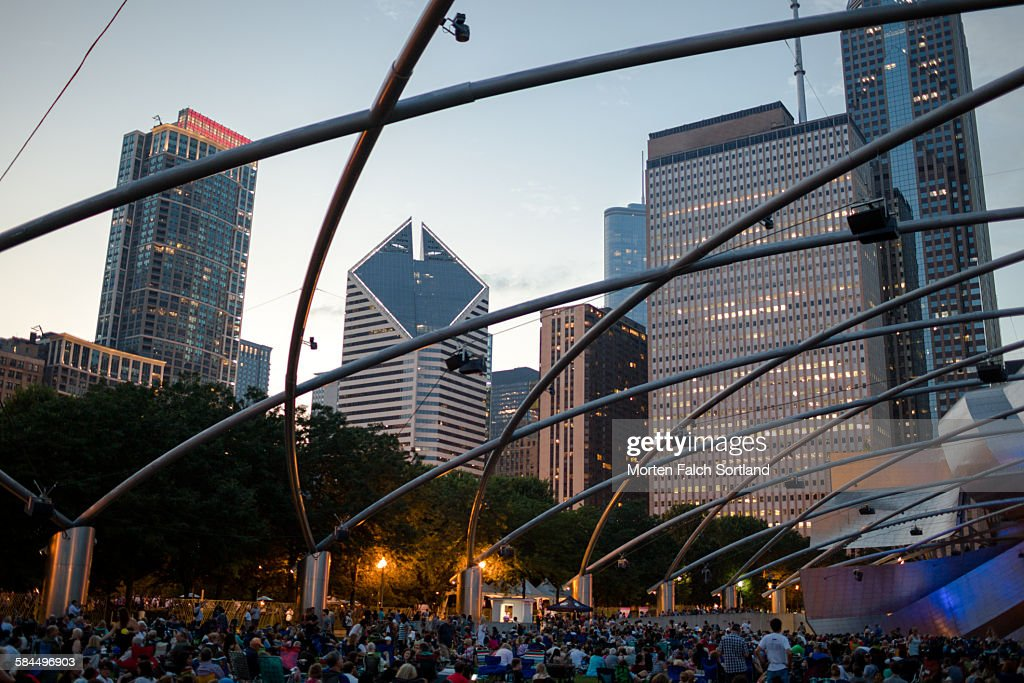Jay Pritzker Pavilion : Stock Photo