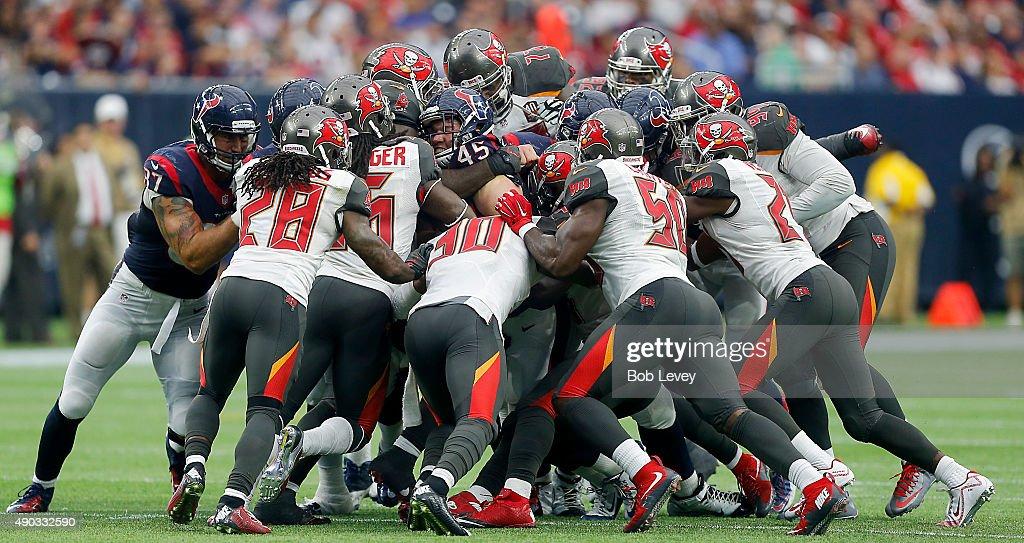 Tampa Bay Buccaneers v Houston Texans : News Photo