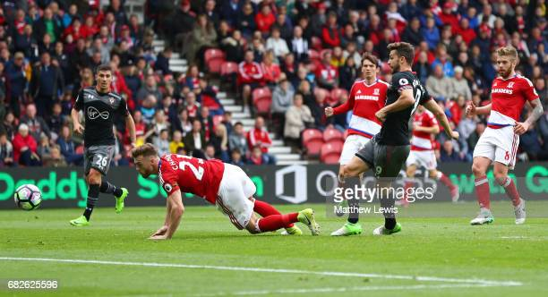 Jay Rodriguez of Southampton scores his sides first goal during the Premier League match between Middlesbrough and Southampton at Riverside Stadium...