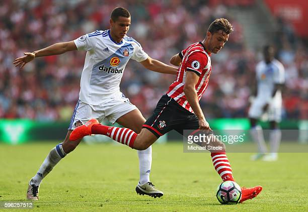 Jay Rodriguez of Southampton shoots during the Premier League match between Southampton and Sunderland at St Mary's Stadium on August 27 2016 in...