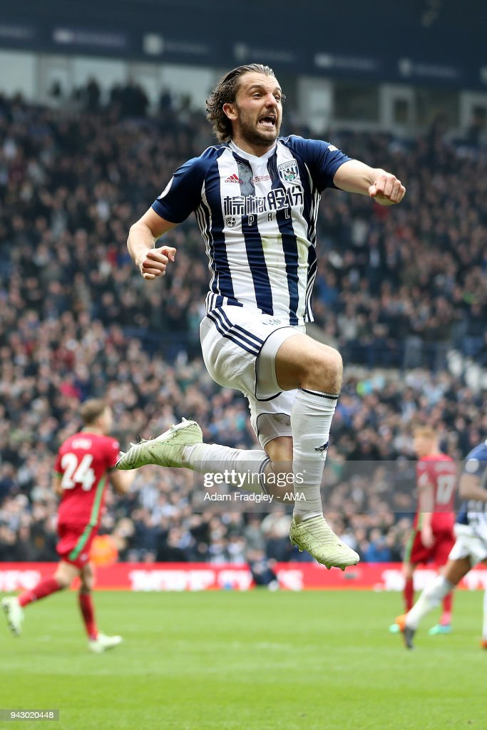 Jay Rodriguez of West Bromwich Albion scores a goal to make it 1-0 during the Premier League match between West Bromwich Albion and Swansea City at The Hawthorns on April 7, 2018 in West Bromwich, England.