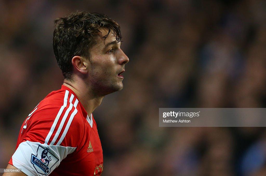 Soccer : Barclays Premier League - Chelsea v Southampton : News Photo