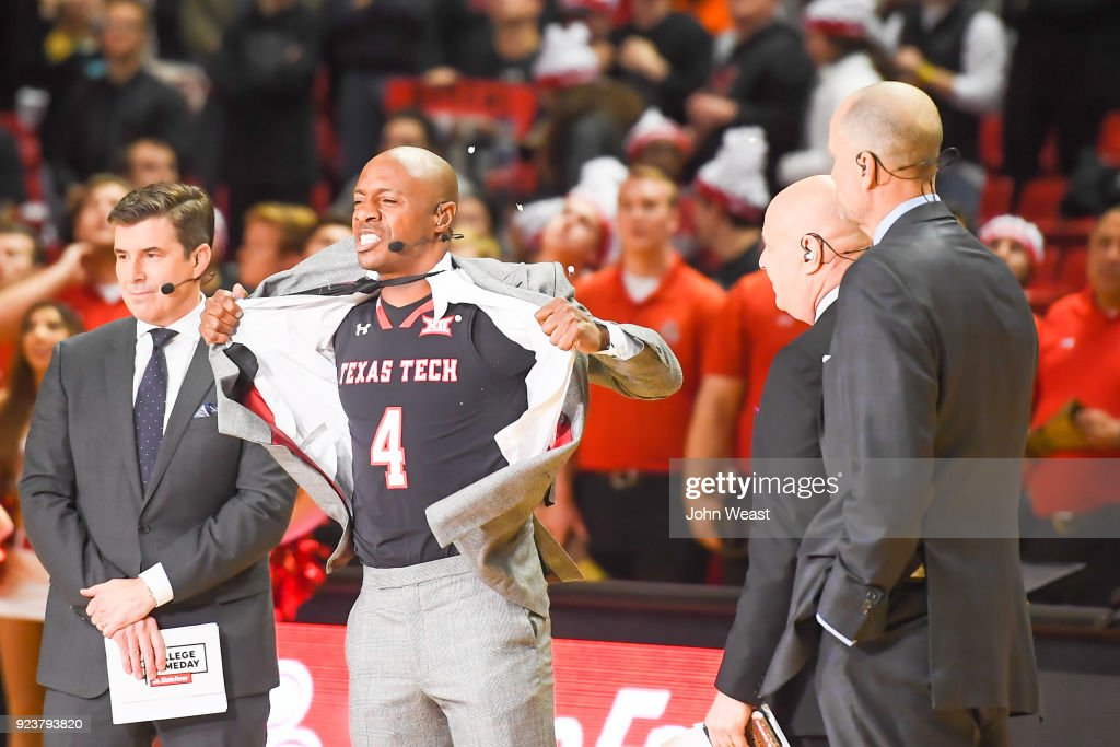 Jay Williams reveals his prediction by during ESPN's College Game Day prior to the game between the Texas Tech Red Raiders and the Kansas Jayhawks on February 24, 2018 at United Supermarket Arena in Lubbock, Texas.