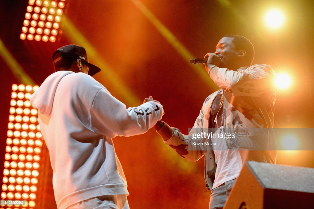 Jay Z (L) and Meek Mill perform during a surprise encore on the Liberty Stage at the 2017 Budweiser Made in America festival - Day 2 at Benjamin Franklin Parkway on September 3, 2017 in Philadelphia, Pennsylvania.