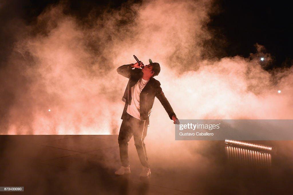 Jay-Z In Concert - Miami, FL : News Photo