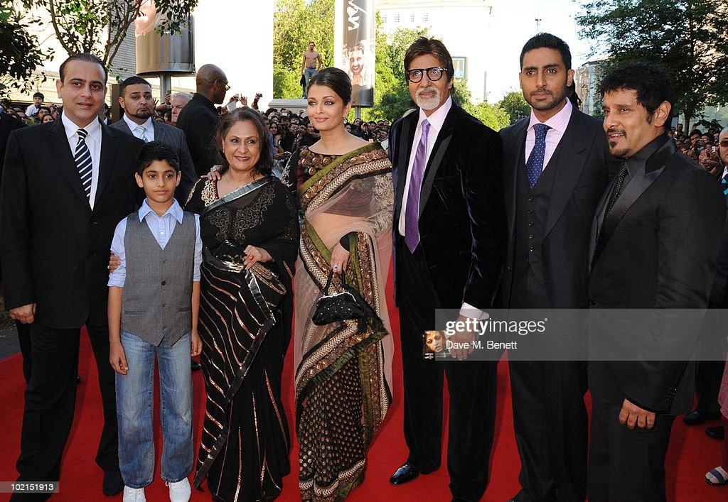 Jaya Bachchan Aishwarya Rai Bachchan Amitabh Bachchan Abhishek Bachchan and Vikram attend the World film premiere of `Raavan` at the BFI Southbank on.