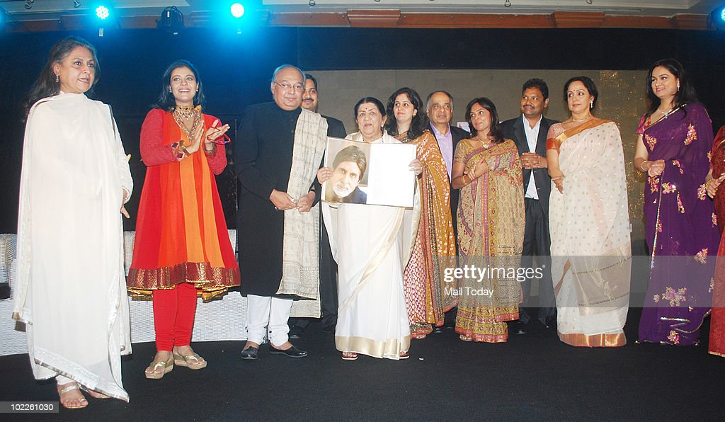 Jaya Bachchan Kajol Gautam Rajadakshya Lata Mangeshkar Hema Malini and Padmini Kohlapure on at the launch of `Chehere` a coffee table book compiled...
