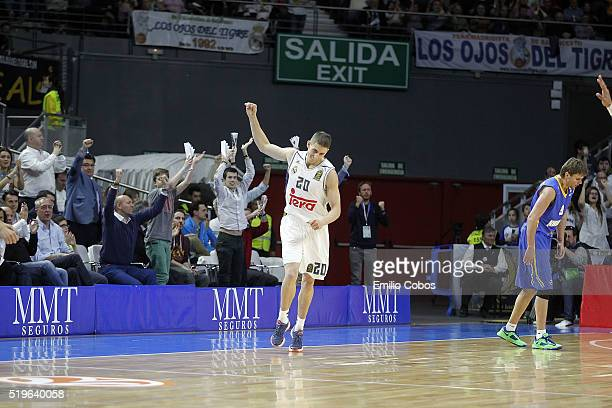 Jaycee Carroll #20 of Real Madrid celebrates during the 20152016 Turkish Airlines Euroleague Basketball Top 16 Round 14 game between Real Madrid v...