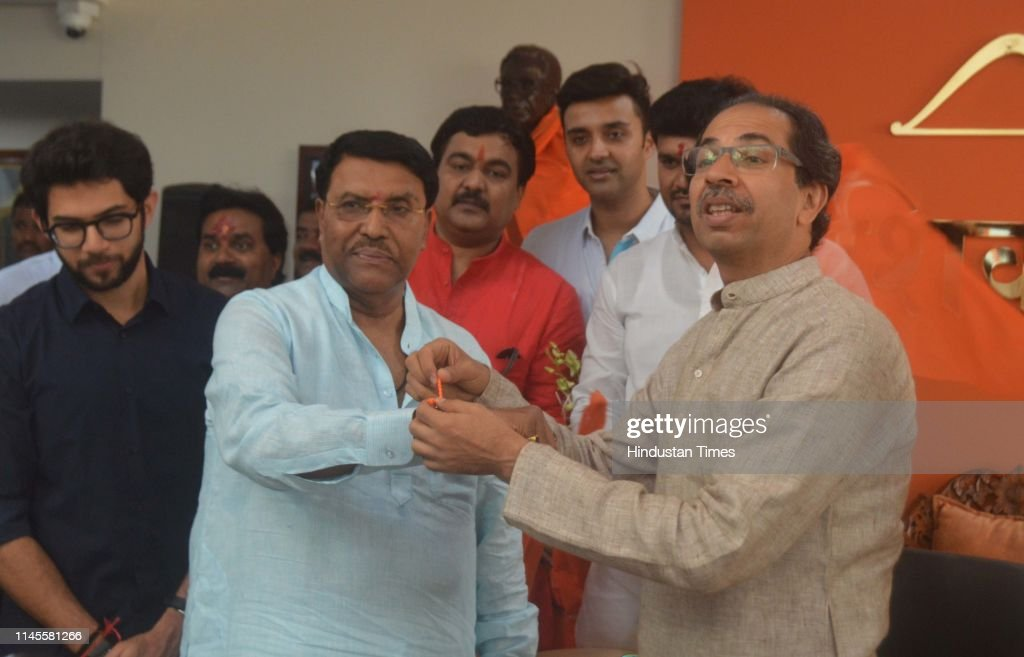 IND: NCP MLA Jaydatta Kshirsagar Joins Shiv Sena