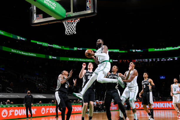 Jaylen Brown of the Boston Celtics drives to the basket against the San Antonio Spurs on April 30 at the TD Garden in Boston, Massachusetts. NOTE TO...