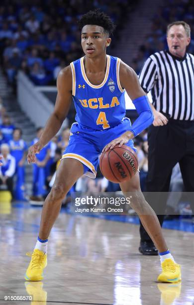 Jaylen Hands of the UCLA Bruins dribbles the ball during the game against the USC Trojans at Pauley Pavilion on February 3 2018 in Los Angeles...
