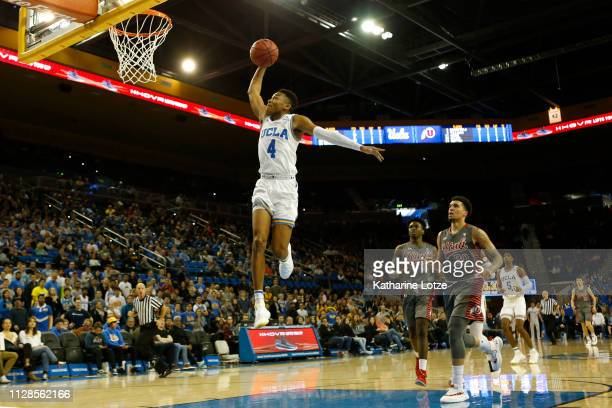 Jaylen Hands of the UCLA Bruins prepares to dunk during the second half of a game against the Utah Utes at Pauley Pavilion on February 09 2019 in Los...
