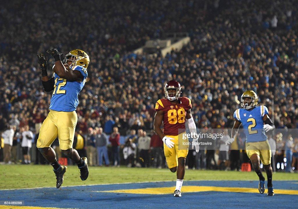 NCAA FOOTBALL: NOV 19 USC at UCLA : News Photo