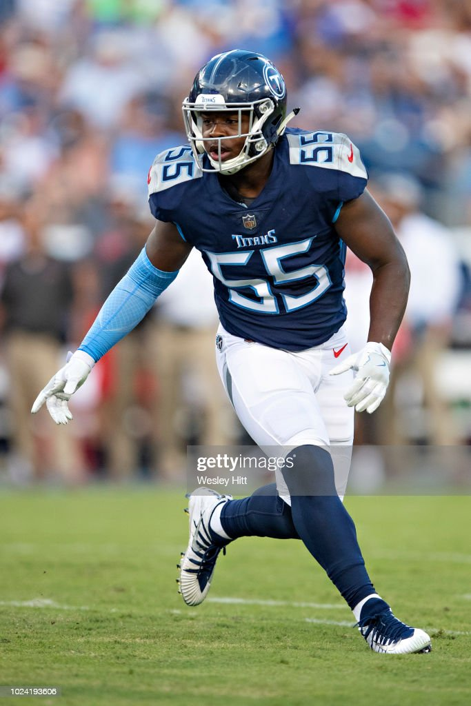 912dc82b Jayon Brown of the Tennessee Titans during a game against the Tampa ...
