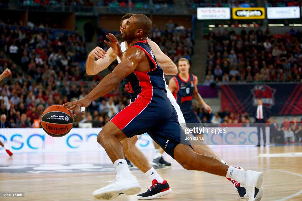 Jayson Granger, #15 of Baskonia Vitoria Gasteiz in action during the 2017/2018 Turkish Airlines EuroLeague Regular Season Round 7 game between Baskonia Vitoria Gasteiz and Real Madrid at Fernando Buesa Arena on November 14, 2017 in Vitoria-Gasteiz, Spain.