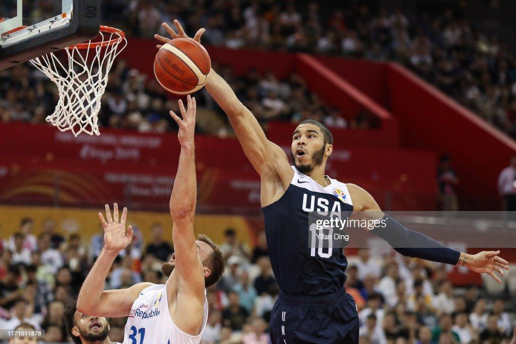 Czech Rep v USA: Group E - FIBA World Cup 2019 : ニュース写真