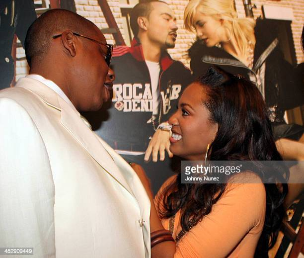 JayZ and Terria Marie during Vibe Magazine Presents RocAWear 2005 Hosted By Jay Z at The Lowe Gallery in Los Angeles California United States