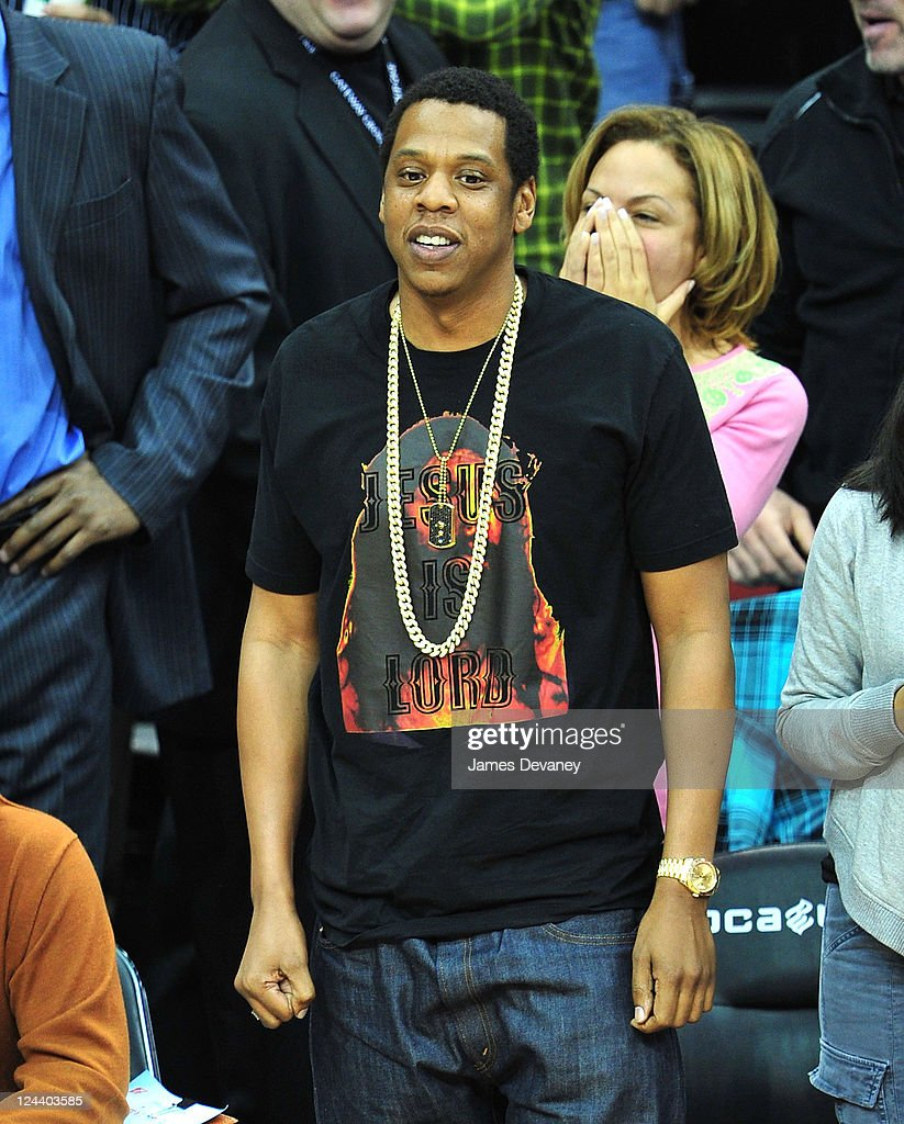 big sale 107bd 71bb9 Jay-Z attends the Los Angeles Clippers vs New Jersey Nets ...