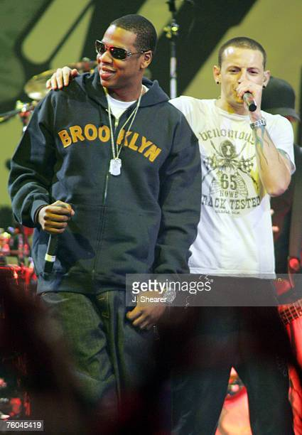 JayZ performs with Chester Bennington of Linkin Park