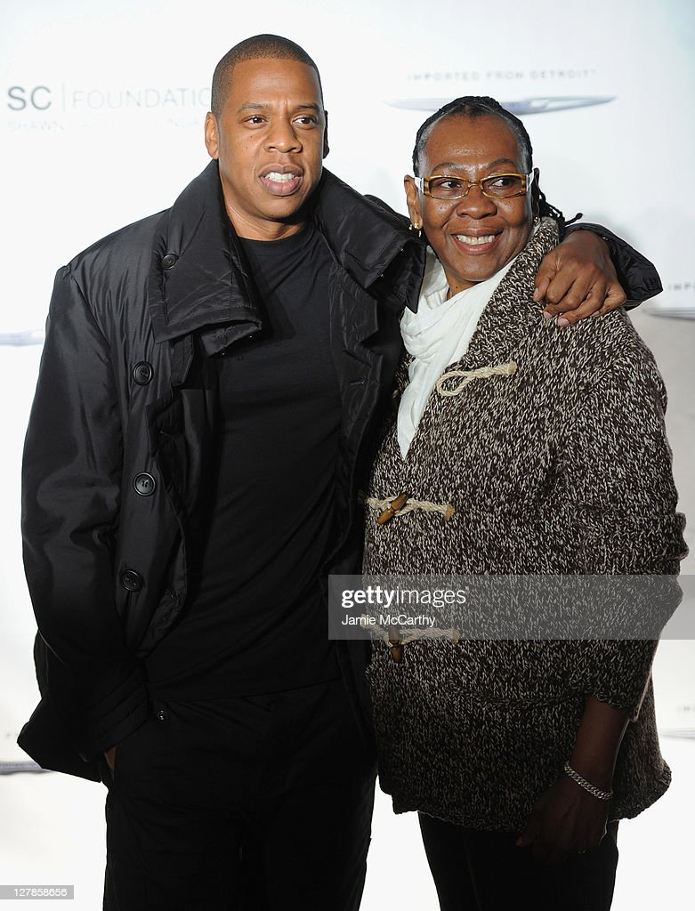 "The Shawn Carter Foundation Hosts An Evening of ""Making The Ordinary Extraordinary"" : News Photo"