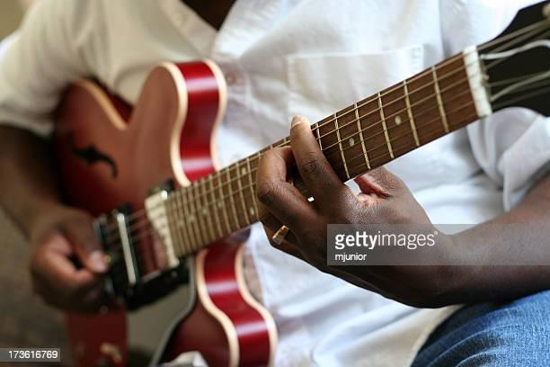 jazz-Gitarre-Spieler 4