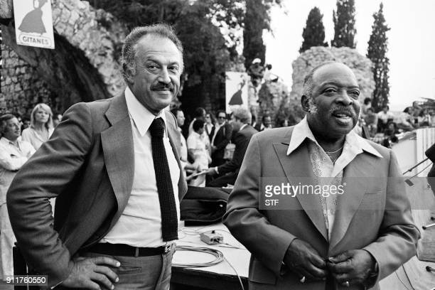 https://media.gettyimages.com/photos/jazz-musician-count-basie-meets-mayor-of-nice-jacques-medecin-during-picture-id911760550?s=612x612