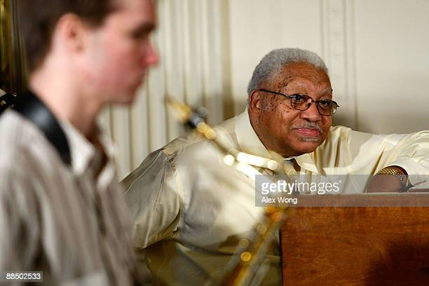Jazz musicians Ellis Marsalis listens during a classroom session at the East Room of the White House June 15 2009 in Washington DC US First Lady...