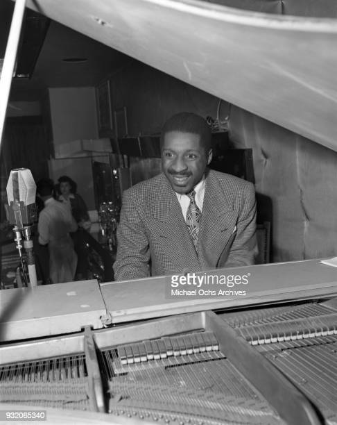 Jazz pianist Erroll Garner performs live on January 31 1946 in Los Angeles california Photo by Ray Whitten/Michael Ochs Archives/Getty Images