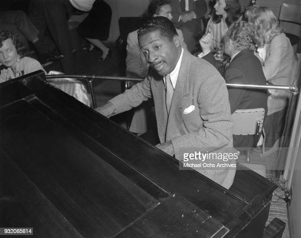 Jazz pianist Erroll Garner performs live on June 30 1947 in Los Angeles california Photo by Ray Whitten/Michael Ochs Archives/Getty Images
