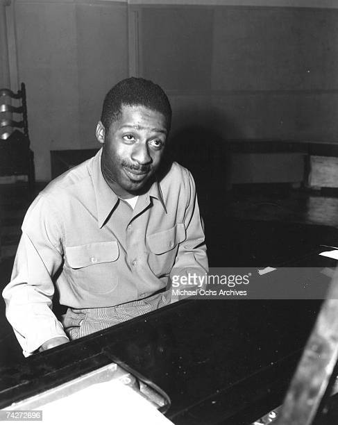 Jazz pianist Erroll Garner rehearses in the studio on April 10 1946 in Los Angeles california Photo by Ray Whitten/Michael Ochs Archives/Getty Images